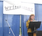 Poet Diane Sahms-Guarnieri reads