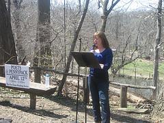 Diane Sahms-Guarnieri reads